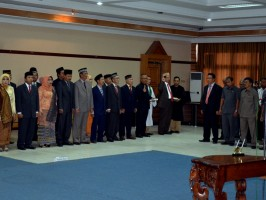 Prof.Thamrin Rektor UNTAN Lantik Pembantu Dekan