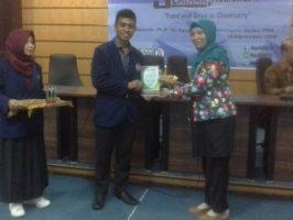 """Untan Tuan Rumah Seminar Nasional """"Food And Drug in Chemistry"""""""