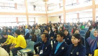 Ratusan Mahasiswa Antusias Ikuti Seminar Ravelnas Himapol