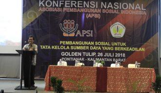 Sigit Hardwinarto: Hutan dan Pembangunan Sosial