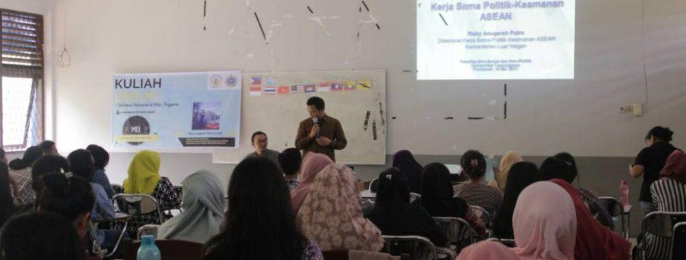 Kuliah Umum: Diplomasi Indonesia di ASEAN dan Perspektif Diplomat