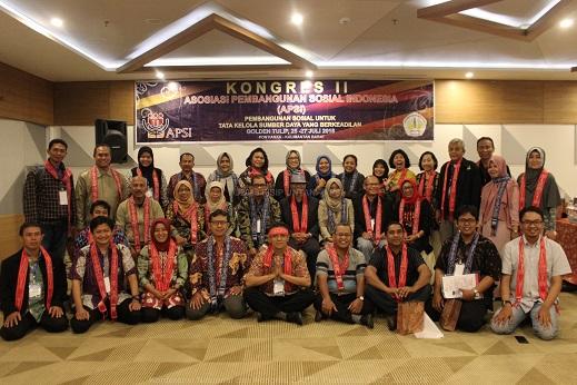 Susunan KepengurusanAsosiasi Pembangunan Sosial Indonesia ( Apsi )Periode 2018 - 2021,Hasil Kongres APSI II, Pontianak, 26-28 Juli 2018